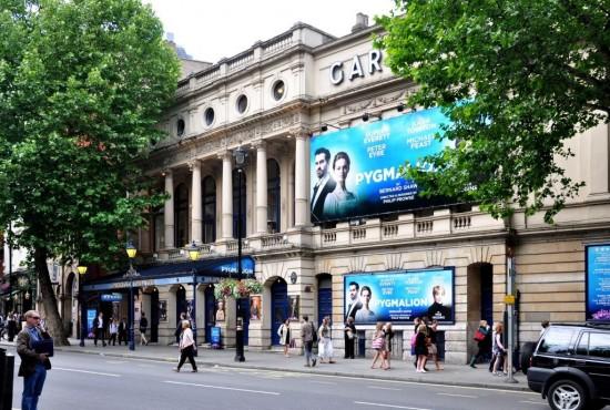 Гаррик-театр в Лондоне (1)