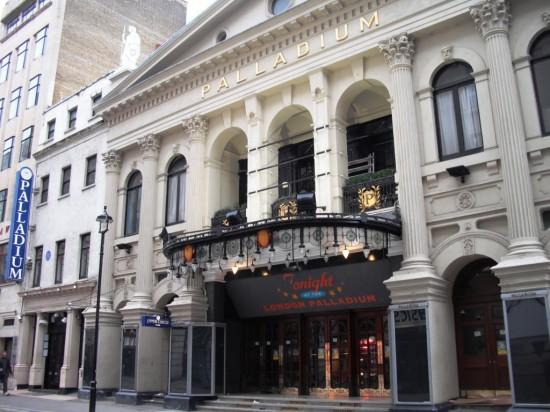 Театр «Лондон Палладиум» в Лондоне (3)