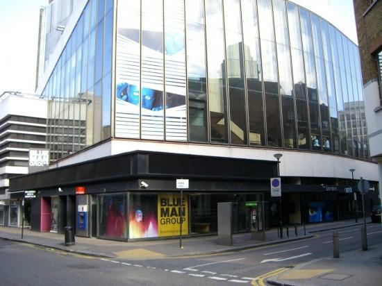 Театр «Нью-Лондон» в Лондоне (1)