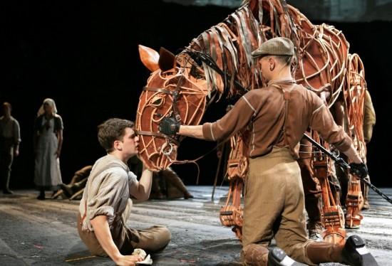 Театр «Нью-Лондон» в Лондоне (3)
