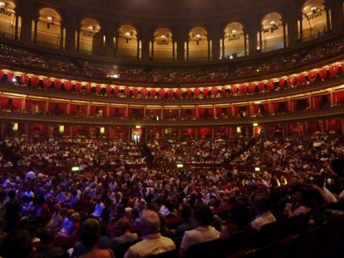 Театр Феникс в Лондоне (3)