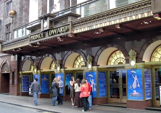 Театр Принца Эдуарда в Лондоне (1)