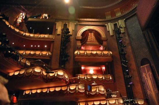 Театр Принца Эдуарда в Лондоне (3)