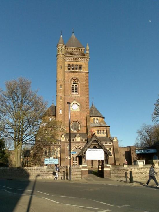 Церковь Святой Марии в Лондоне (Илинг)1